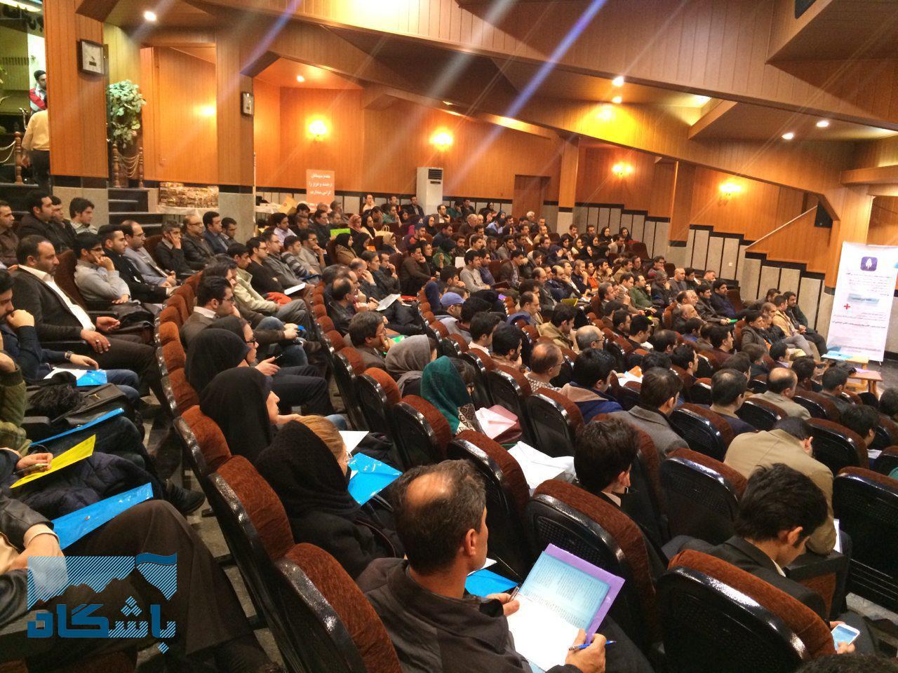 همایش بورسی در زنجان, بورس اوراق بهادار, کارگزاری آگاه, بآشگاه مشتریان آگاه, سرمایه گذاری در بورس