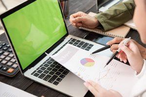 نحوه ارزش گذاری شرکت ها در تحلیل بنیادی چگونه است؟